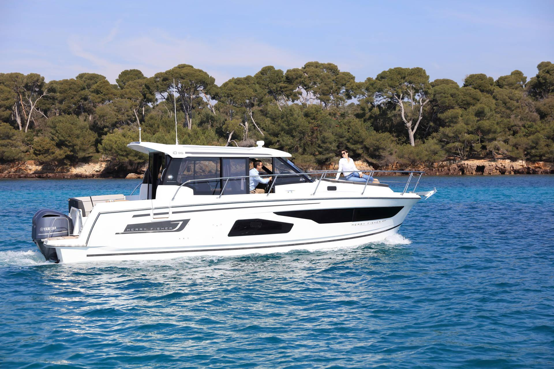 Merry Fisher 1095 Sunsport Marine